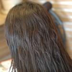 クセ毛の悩みを解消♪ 縮毛矯正